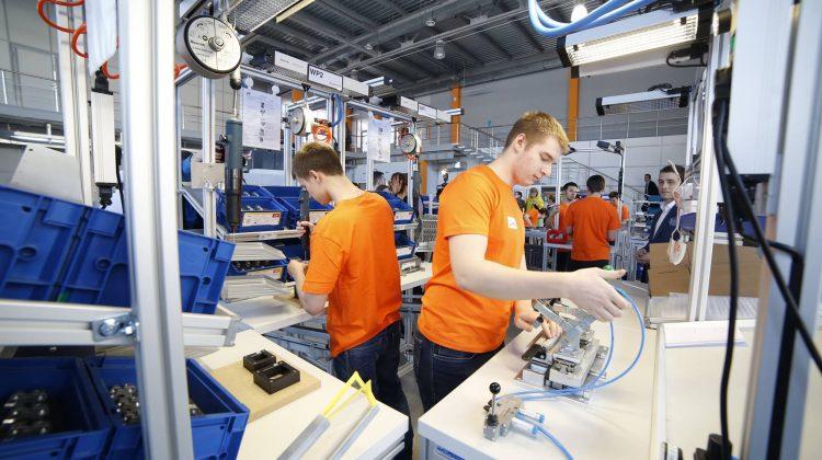 На сайте «Работа в России» появилось более 400 тысяч вакансий