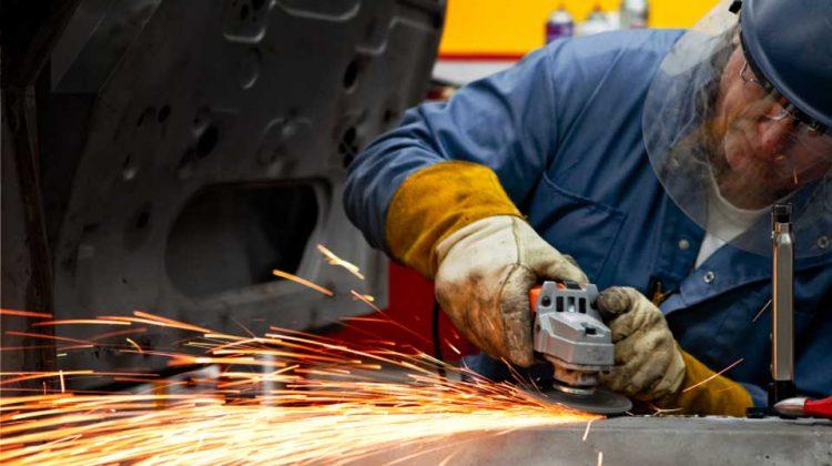Роструд станет контролировать систему управления охраной труда еще больше